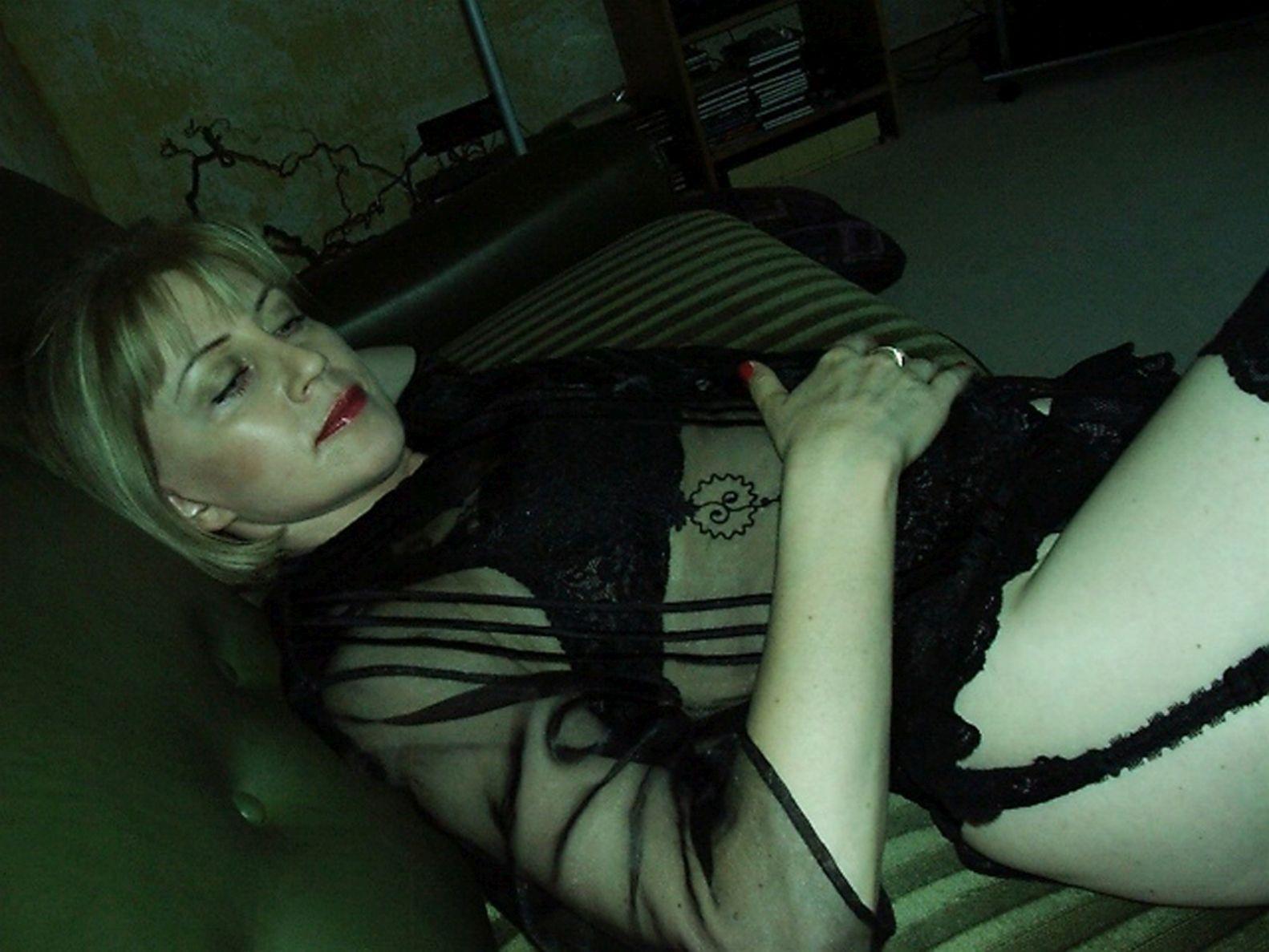 Sie sucht junge Sexbekanntschaft